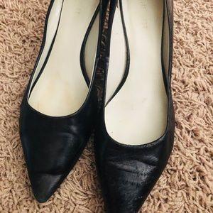 Nine West black pointed heels size 7.5
